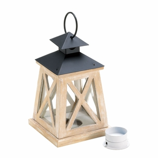 Colonial Heights Wood Lantern