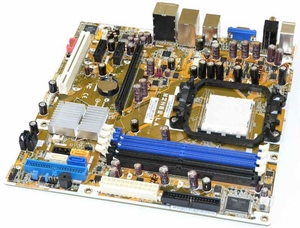 Dell UW953 - Motherboard / System Board for Latitude 131L