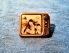 Beatles 1964 scarce pin  - Authentic