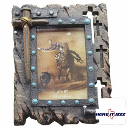 Nail Cross 4x6 Picture Frame