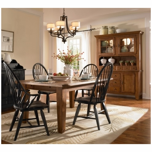 broyhill dining room sets broyhill attic heirlooms dining room set e 303