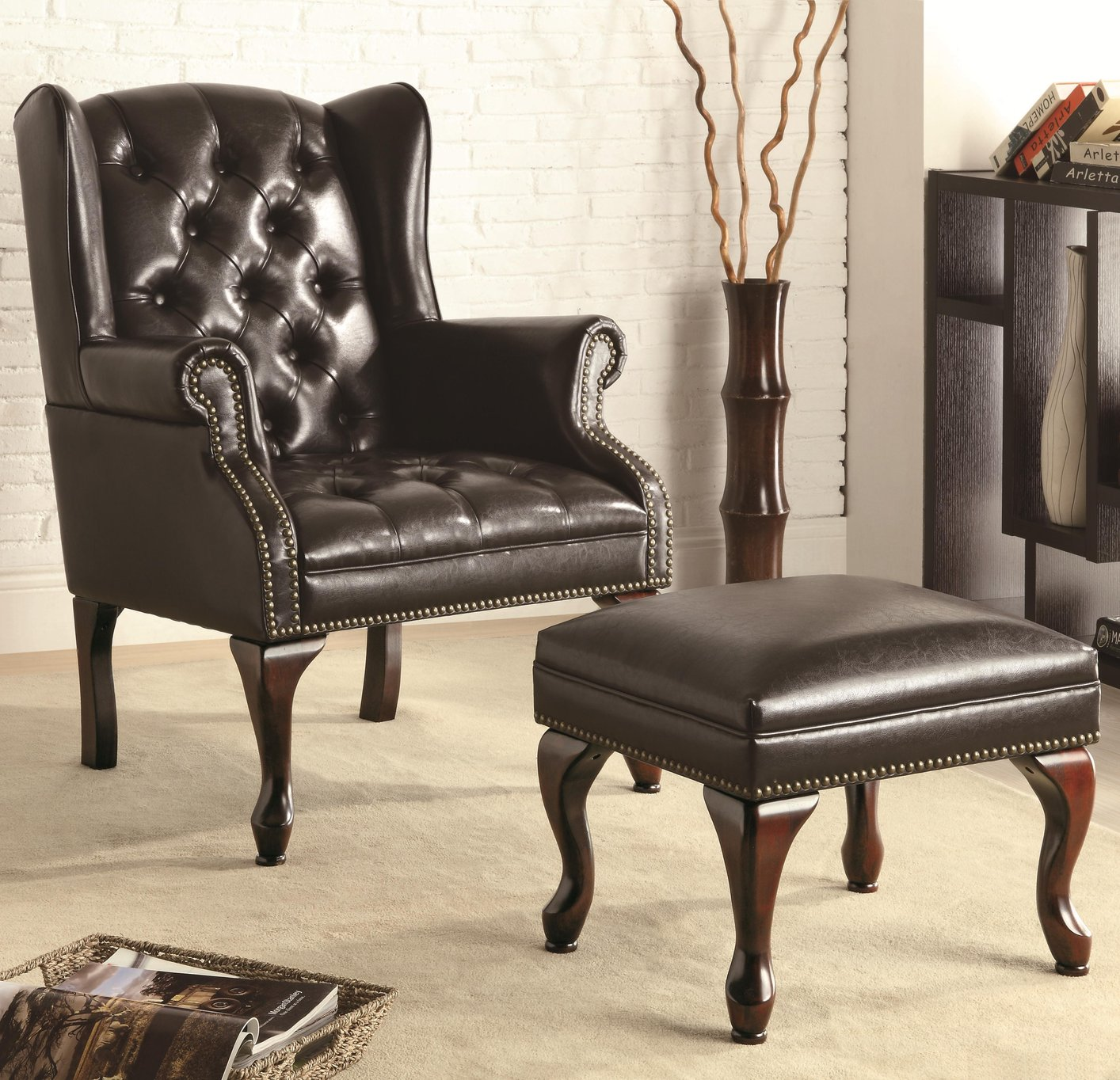 Classic accent chairs - Black Leather Accent Chair