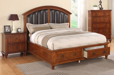 Kaelyn California King Bed