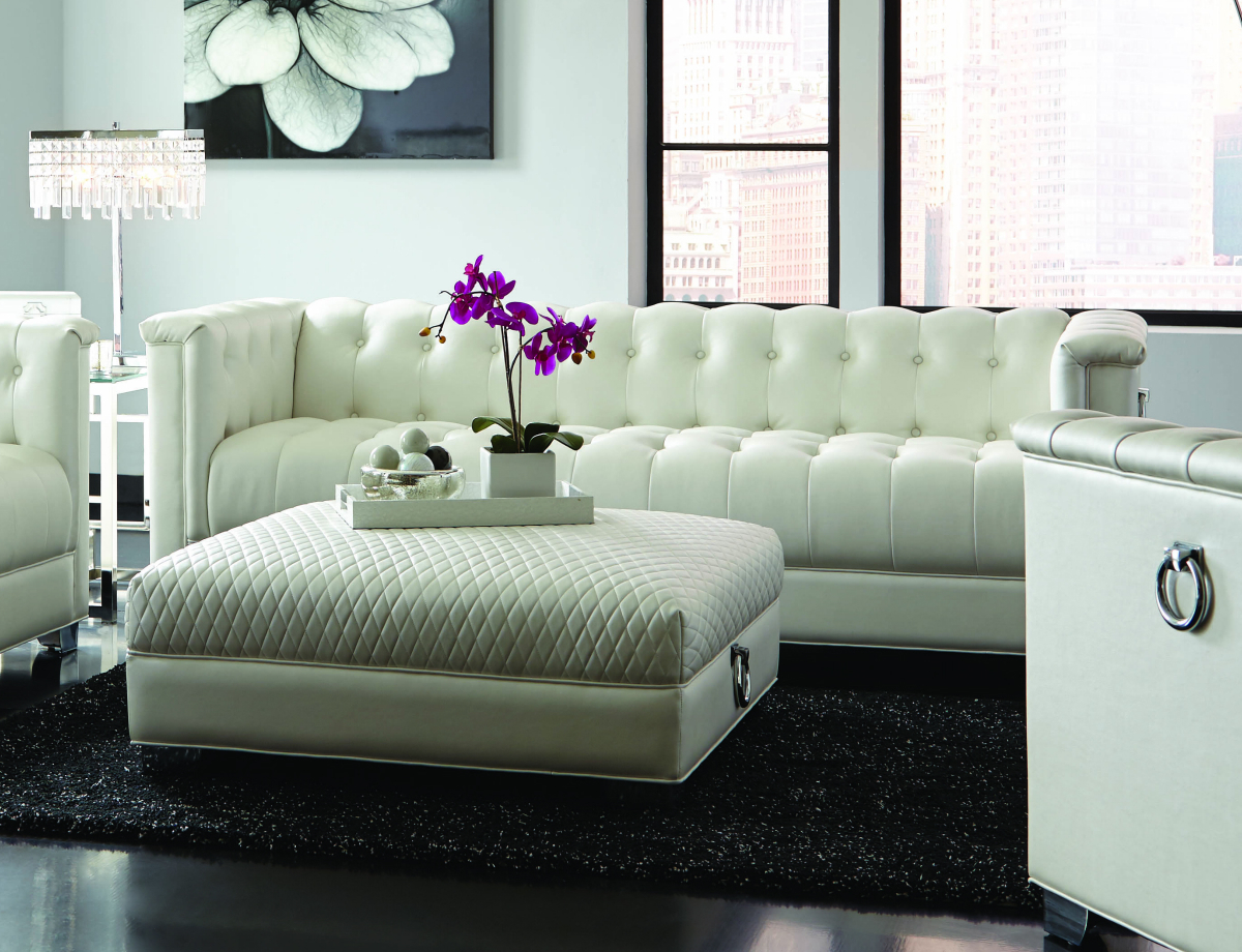 Chaviano White Leather Sofa