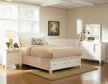 Sandy Beach White Wood Queen Bed Set