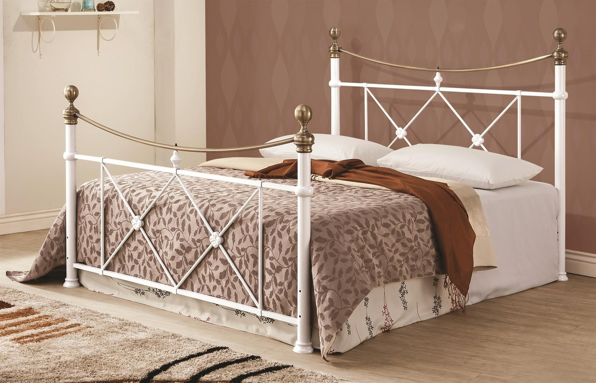 White Metal Bed Queen: Steal-A-Sofa Furniture Outlet