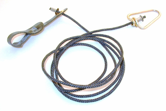 Long neoprene COCK hitch on nylon cord with metal swivel