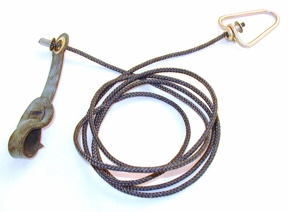 Long neoprene STAG hitch on nylon cord with metal swivel