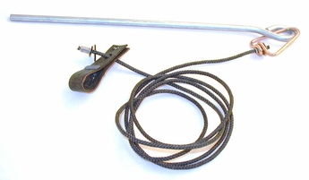 Pro hitch on nylon cord with metal swivel & stake