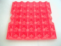 RED Plastic economy egg tray EACH