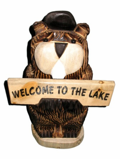 "18"" BEAVER HOLDING SIGN CHAINSAW CARVING"