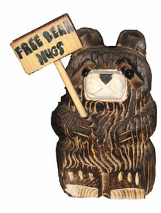 "9"" BEAR HOLDING SIGN CHAINSAW CARVING"