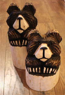 CHAINSAW CARVED- HIGH COUNTRY STUMP BEARS