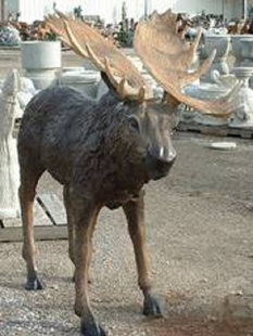 LARGE MOOSE METAL SCUPLTURE