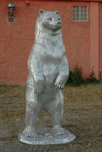 MEDIUM STANDING BEAR METAL SCULTURE