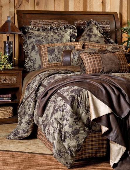 Moss Pinecone Bedding