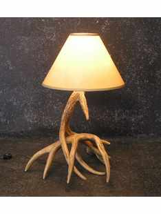 WHITETAIL TWO ANTLER FAUX  LAMP