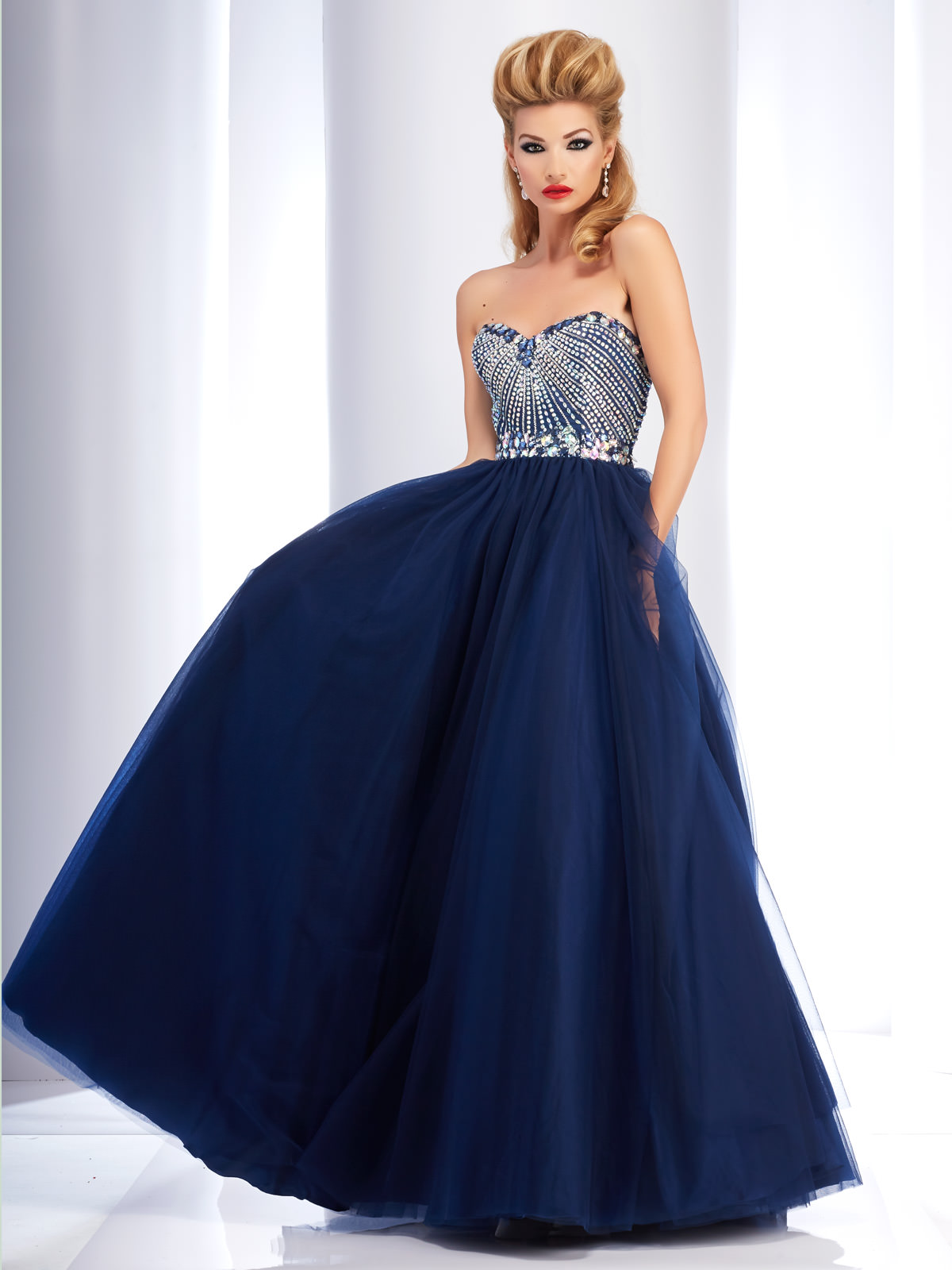 Prom Dresses Looking for in NY