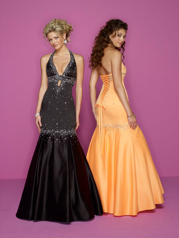 Mori Lee prom dress 7027 for 2008.