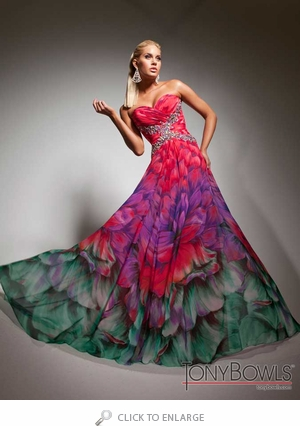 Surprising Patterns that Work on Evening Gowns