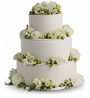 Reception Centerpieces, Cake Flowers, And Decor