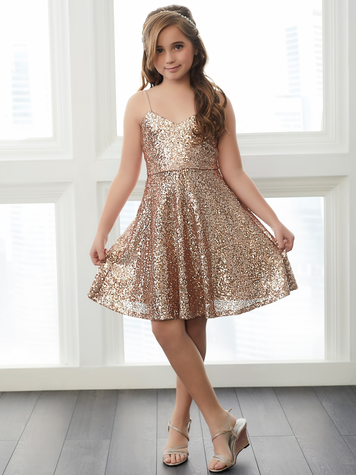 Christina wu junior sequins v neck bridesmaid dressdimitradesigns christina wu junior 32761 v neck bridesmaid dress ombrellifo Choice Image