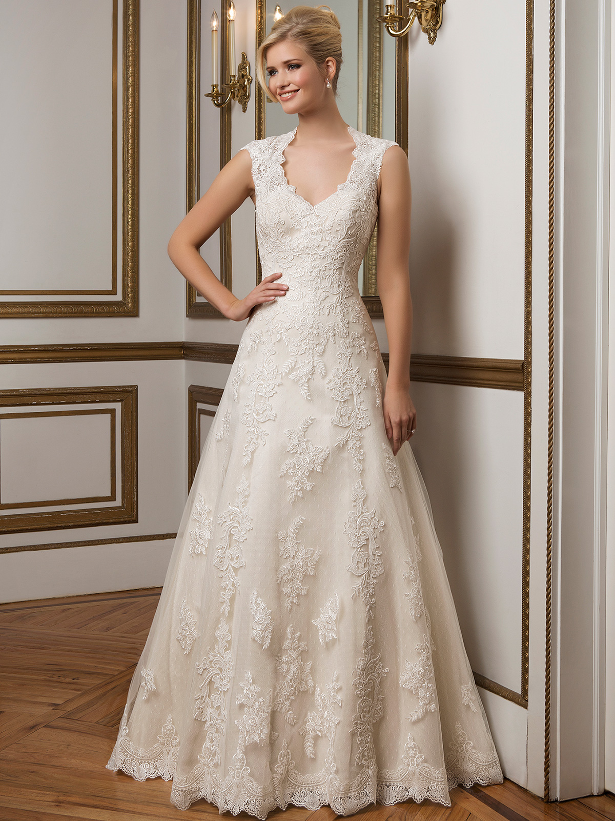 Justin Alexander 8822 Queen Anne Neckline Wedding Dress