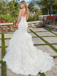 Kitty Chen Sweetheart Bridal Gown Phoebe