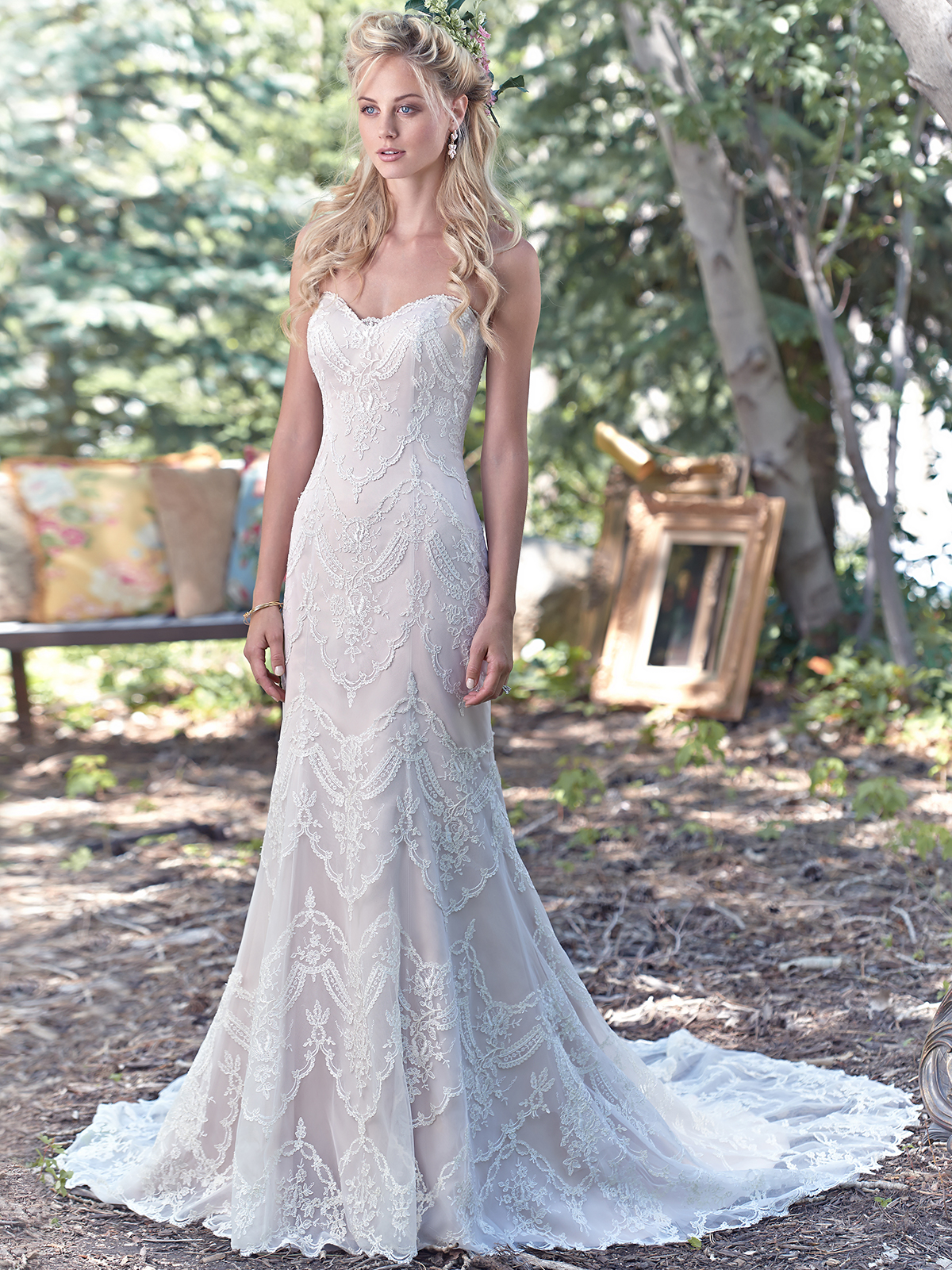 Maggie Sottero Kirstie Sweetheart Tulle Sheath Bridal Dress ...