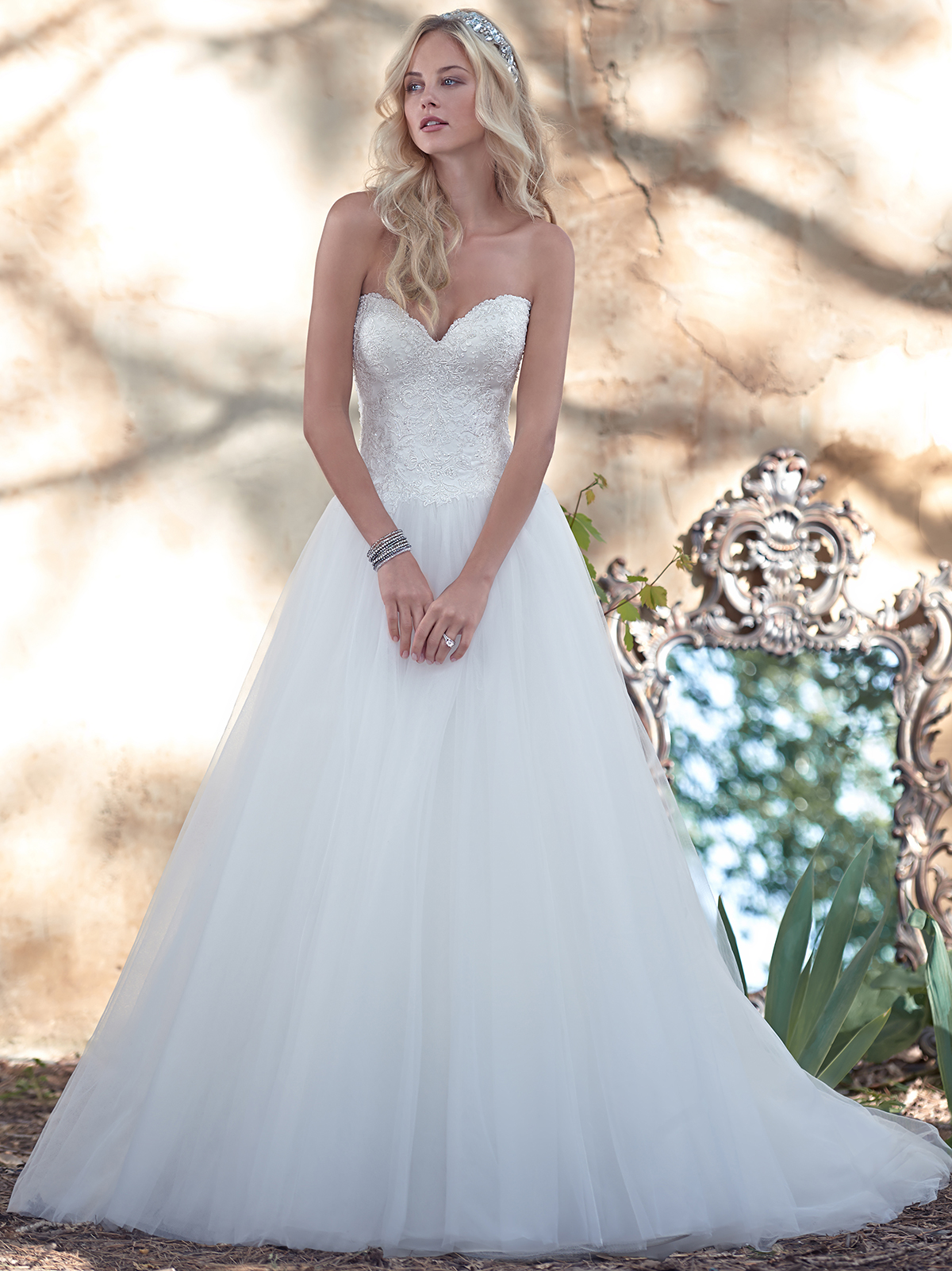 Maggie Sottero Mindi Sweetheart Ball Gown Bridal Dress ...