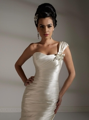 Refined Jacquelin Exclusive Elegant Wedding Gown 19893