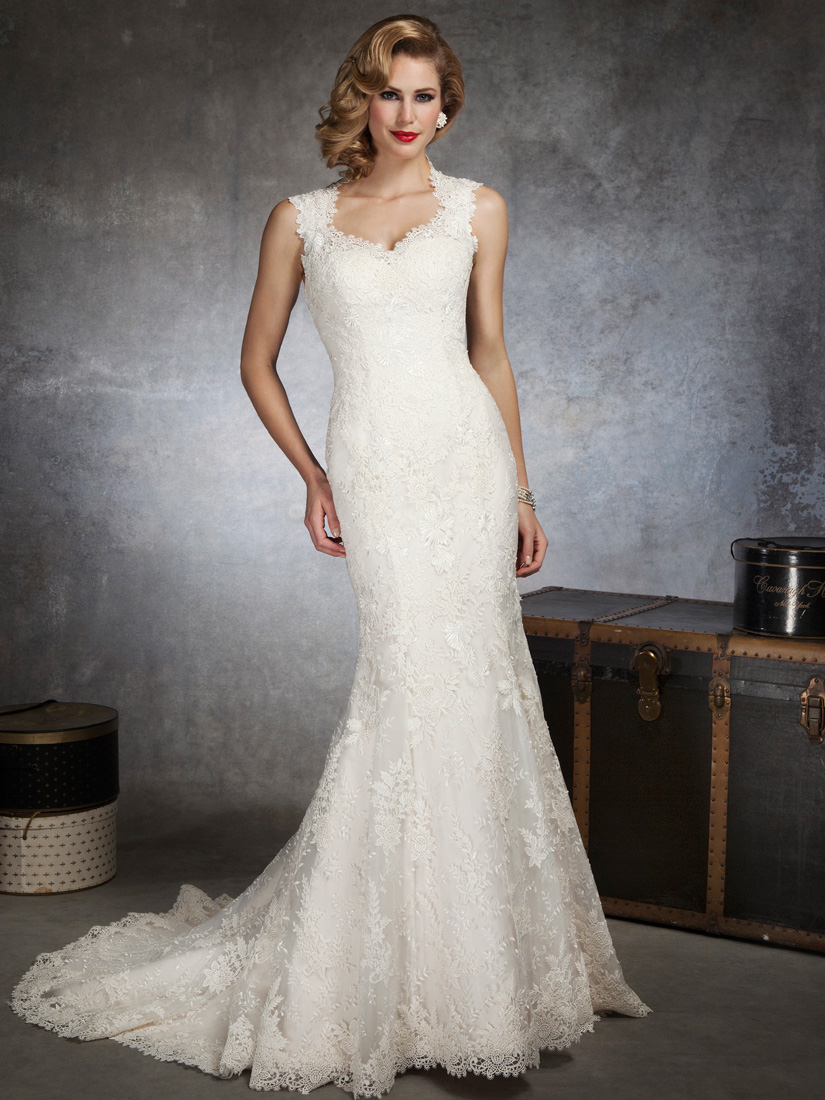 Mermaid justin alexander bridal gown 8656 for Lace fitted wedding dress