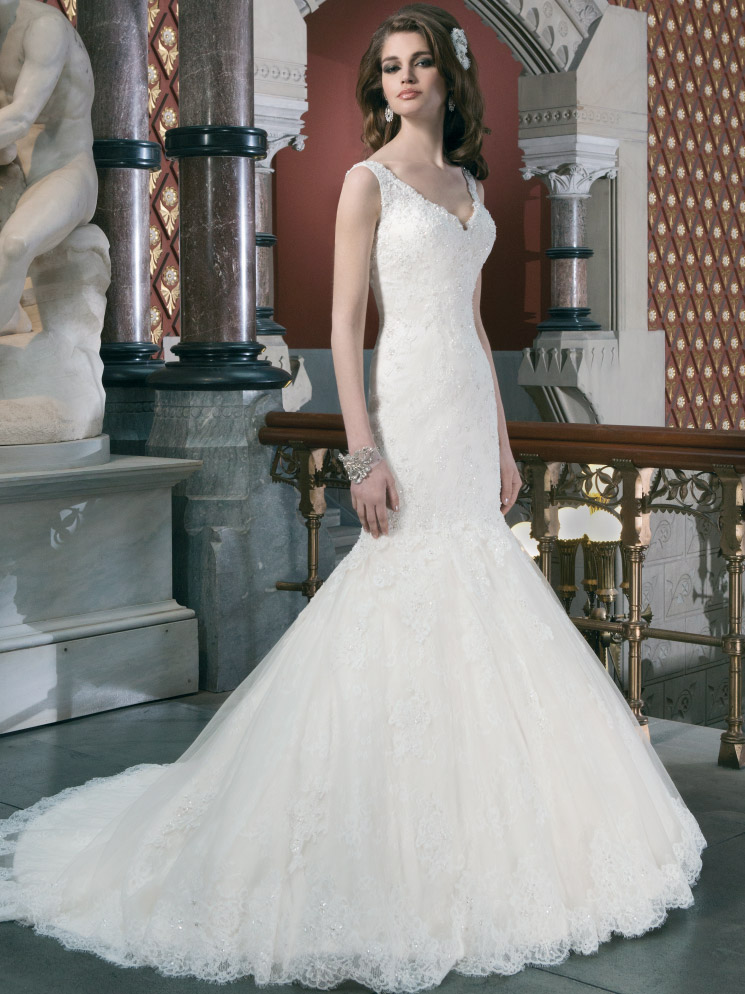 Sleeveless V Neckline Justin Alexander Wedding Dress 8702
