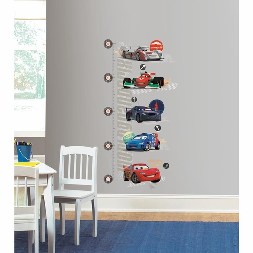 Cars 2 Lightening McQueen INCHES Growth Chart