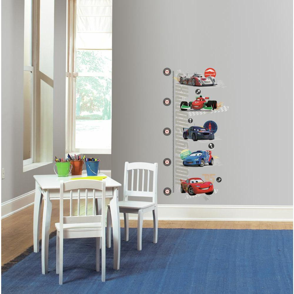 Cars 2 METRIC Growth Chart Decal
