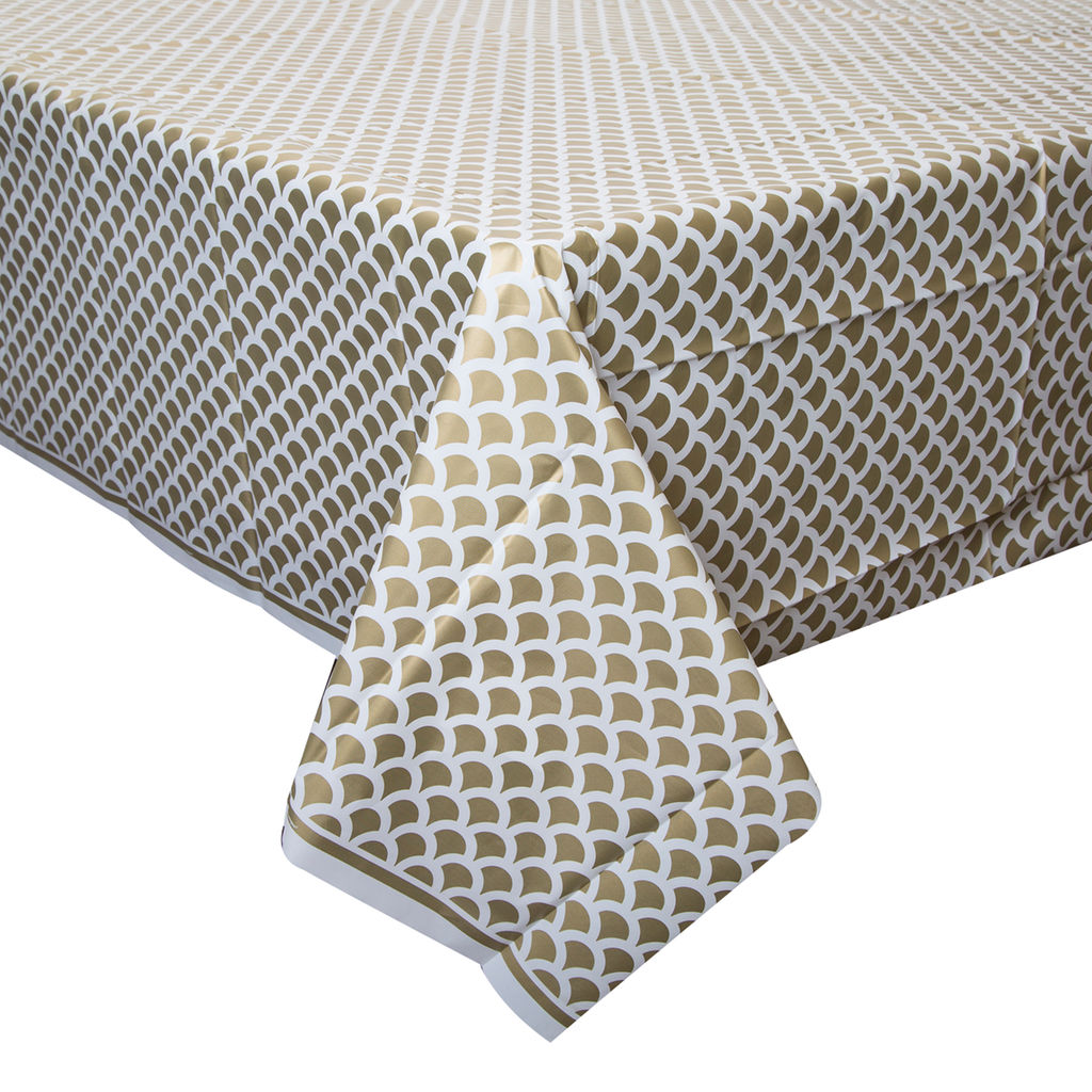 Gold Scallop Plastic Table Cover Rectangle