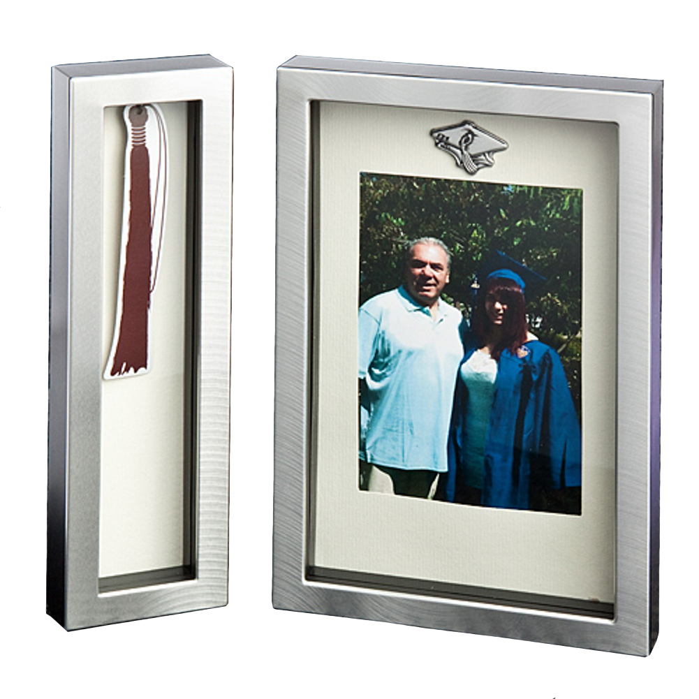 Metal Graduation Frame With Tassel Holder