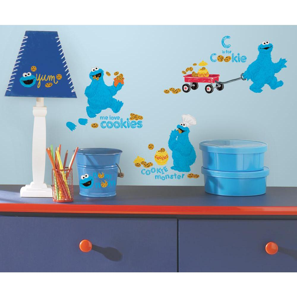Sesame Street-Me Love Cookie Monster Decal