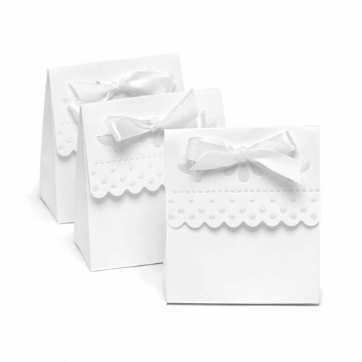 White Scalloped Favor Boxes