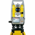 "GeoMax Zoom30 PRO, 5"", a4 400m Reflectorless Total Station Package"