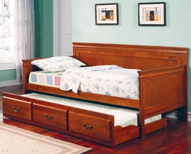 Oak Finish Twin Daybed with Trundle