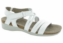 Kaya by Munro American (White Leather)