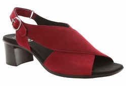 Laine by Munro American (Red Nubuck)