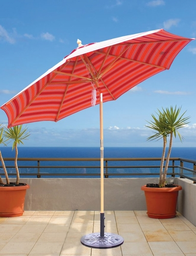 The Galtech Collection 9' Quad Pulley Lift Rotational Tilt Wood Market Patio Umbrella