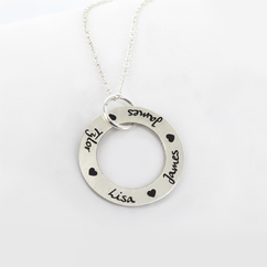 Personalized Circle Necklace with Name and Hearts