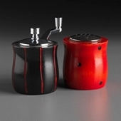 Salt and Pepper Set - Black and Red