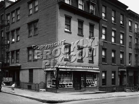 64 Hicks Street, corner of 27 Cranberry Street in the 1920s