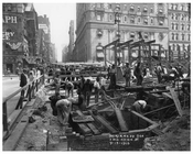 7th Avenue Street View between 43rd & 44th Streets 1915