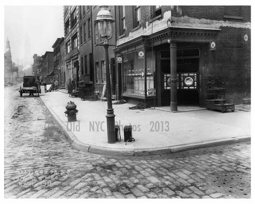 Broome street 1916 looking north this corner is in for Mural on broome street