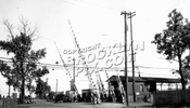 East 105th Street grade crossing on the 14th Street-Canarsie Line, c.1950